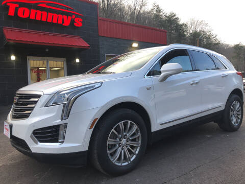 2018 Cadillac XT5 for sale at Tommy's Auto Sales in Inez KY