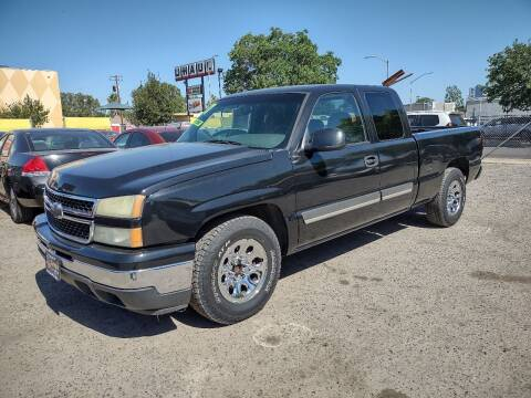 2007 Chevrolet Silverado 1500 Classic for sale at Larry's Auto Sales Inc. in Fresno CA