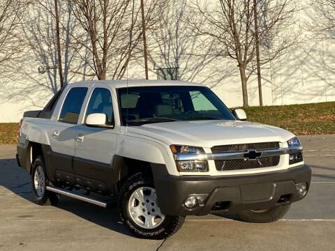 2003 Chevrolet Avalanche for sale at MILANA MOTORS in Omaha NE