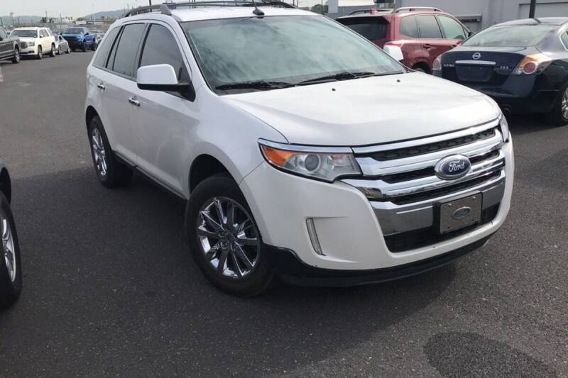 2011 Ford Edge for sale at Reyes Automotive Group in Lakewood NJ