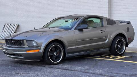 2005 Ford Mustang for sale at Carland Auto Sales INC. in Portsmouth VA