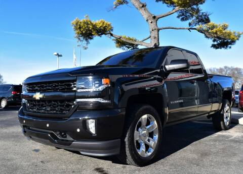 2017 Chevrolet Silverado 1500 for sale at Heritage Automotive Sales in Columbus in Columbus IN