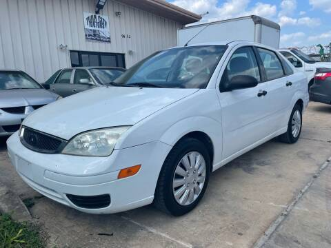 2007 Ford Focus for sale at TWIN CITY MOTORS in Houston TX