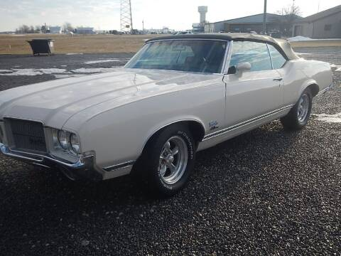 1971 Oldsmobile Cutlass for sale at Custom Rods and Muscle in Celina OH