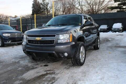 2011 Chevrolet Avalanche for sale at F & M AUTO SALES in Detroit MI