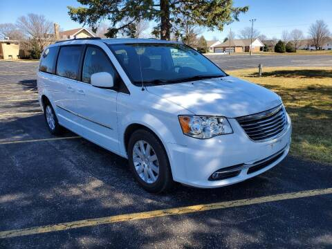 2016 Chrysler Town and Country for sale at Tremont Car Connection in Tremont IL