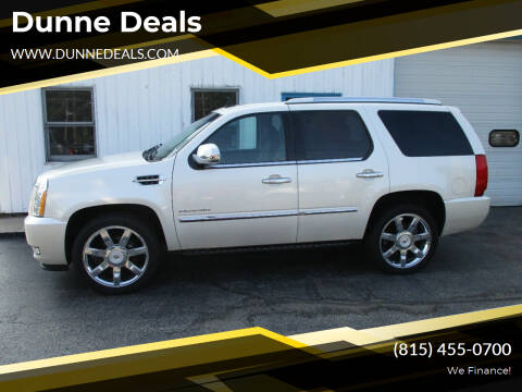 2010 Cadillac Escalade for sale at Dunne Deals in Crystal Lake IL