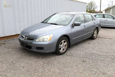 2007 Honda Accord for sale at Queen City Classics in West Chester OH