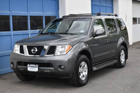 2006 Nissan Pathfinder for sale at IdealCarsUSA.com in East Windsor NJ