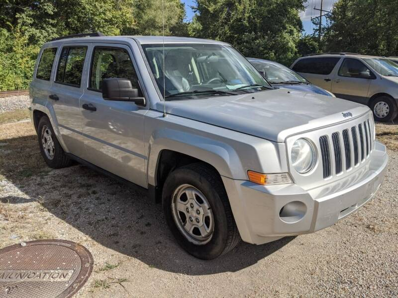 2008 Jeep Patriot for sale at AUTO PROS SALES AND SERVICE in Belleville IL