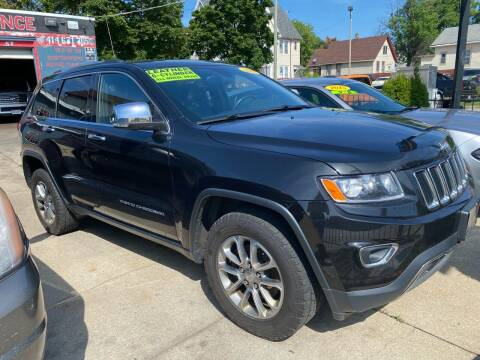 2014 Jeep Grand Cherokee for sale at GONZALEZ AUTO SALES in Milwaukee WI