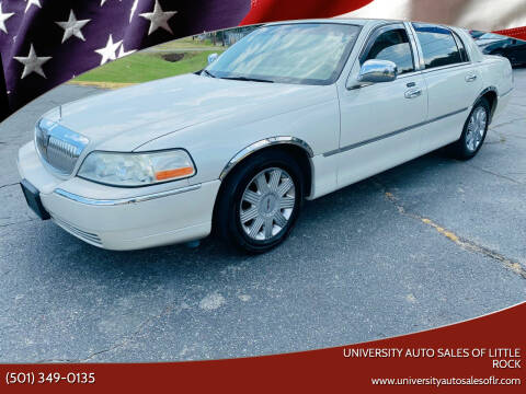 2004 Lincoln Town Car for sale at University Auto Sales of Little Rock in Little Rock AR