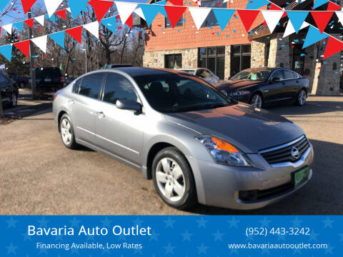 2007 Nissan Altima for sale at Bavaria Auto Outlet in Victoria MN