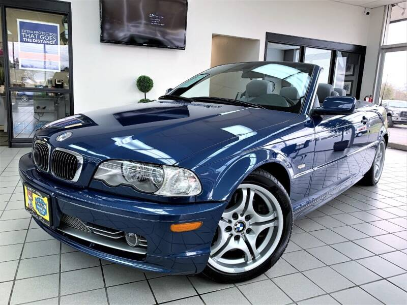 2003 BMW 3 Series for sale at SAINT CHARLES MOTORCARS in Saint Charles IL