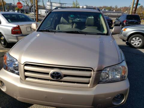 2004 Toyota Highlander for sale at Jimmys Auto INC in Washington DC