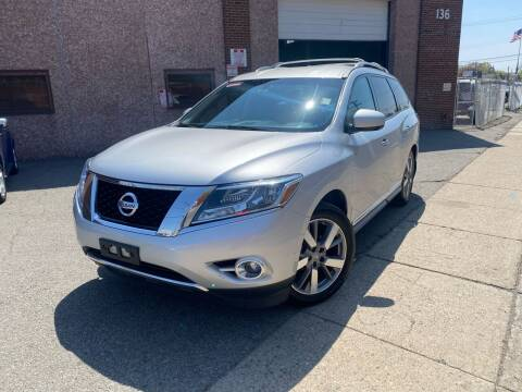2014 Nissan Pathfinder for sale at JMAC IMPORT AND EXPORT STORAGE WAREHOUSE in Bloomfield NJ