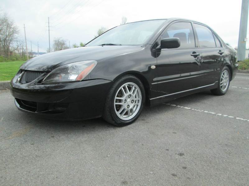 2005 Mitsubishi Lancer for sale at Unique Auto Brokers in Kingsport TN