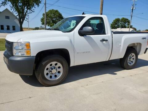 2013 Chevrolet Silverado 1500 for sale at The Auto Shoppe Inc. in New Vienna IA