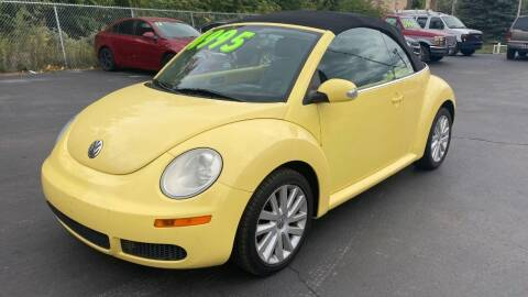 2008 Volkswagen New Beetle Convertible for sale at ROUTE 6 AUTOMAX in Markham IL