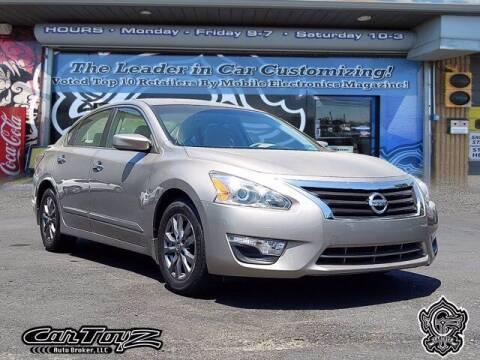 2015 Nissan Altima for sale at Distinctive Car Toyz in Pleasantville NJ