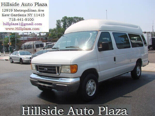 2006 Ford E-Series Cargo for sale at Hillside Auto Plaza in Kew Gardens NY