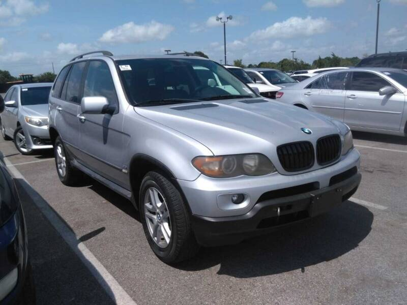 2005 BMW X5 for sale at TEXAS MOTOR CARS in Houston TX