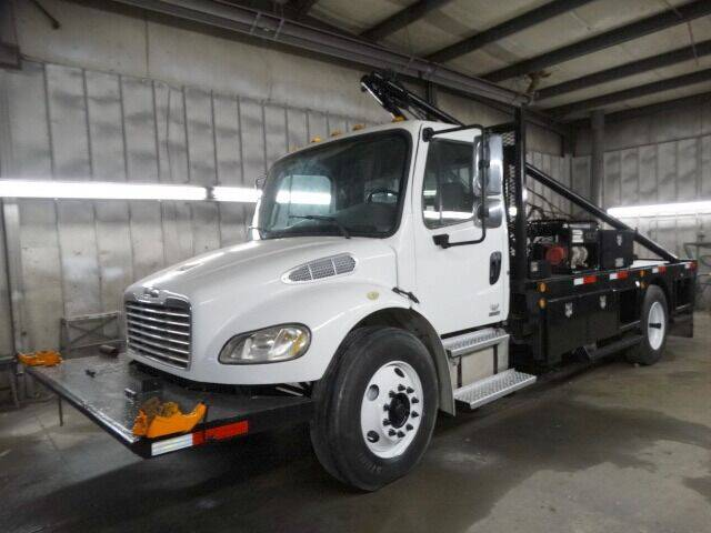 2005 Freightliner Business class M2 for sale at Michael's Truck Sales Inc. in Lincoln NE