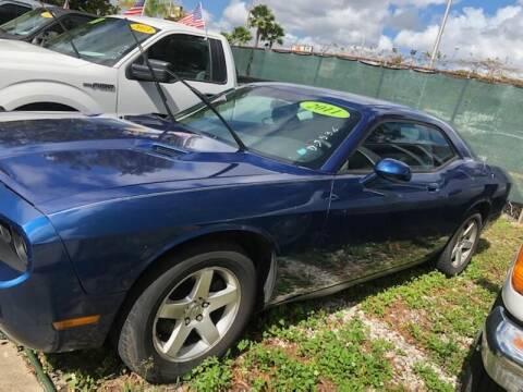 2009 Dodge Challenger for sale at DAN'S DEALS ON WHEELS in Davie FL
