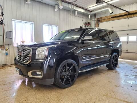 2018 GMC Yukon for sale at Sand's Auto Sales in Cambridge MN