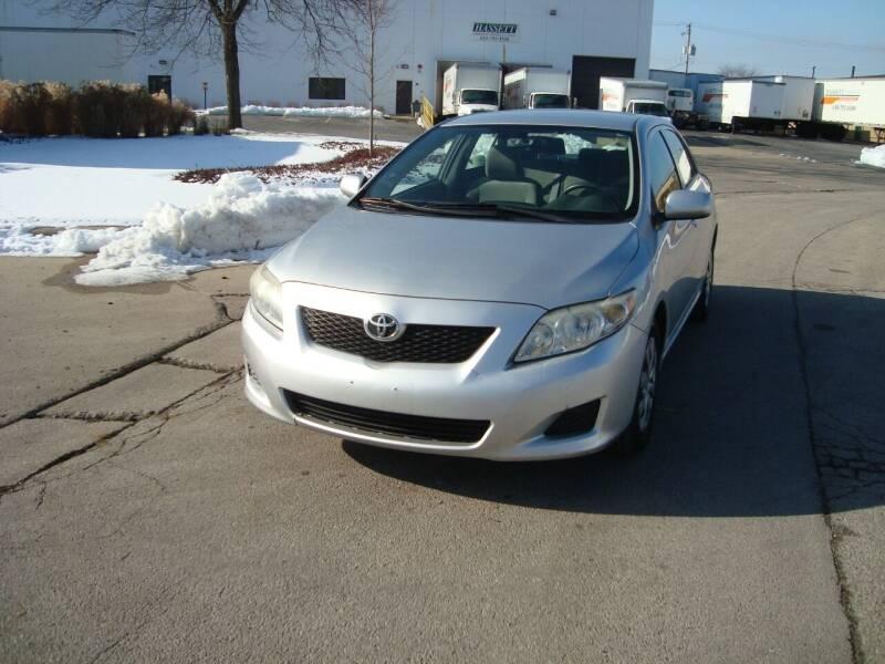 2009 Toyota Corolla for sale at ARIANA MOTORS INC in Addison IL