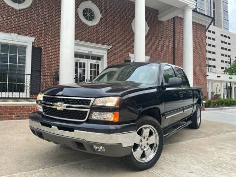 2007 Chevrolet Silverado 1500 Classic for sale at TWIN CITY MOTORS in Houston TX