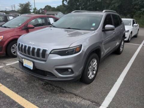 2019 Jeep Cherokee for sale at Strosnider Chevrolet in Hopewell VA