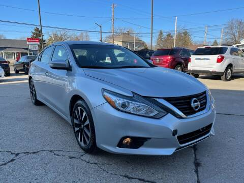 2018 Nissan Altima for sale at Auto Gallery LLC in Burlington WI