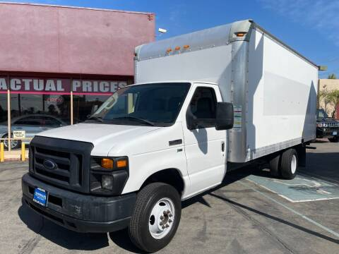 2013 Ford E-Series Chassis for sale at Sanmiguel Motors in South Gate CA
