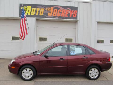 2007 Ford Focus for sale at AUTO JOCKEYS LLC in Merrill WI