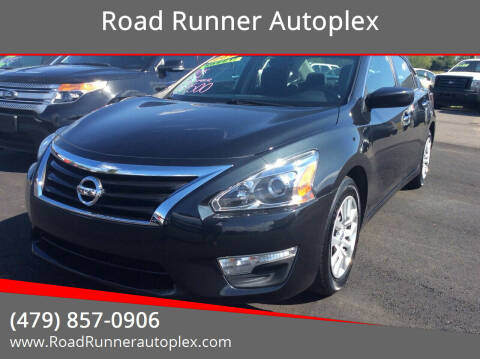 2015 Nissan Altima for sale at Road Runner Autoplex in Russellville AR