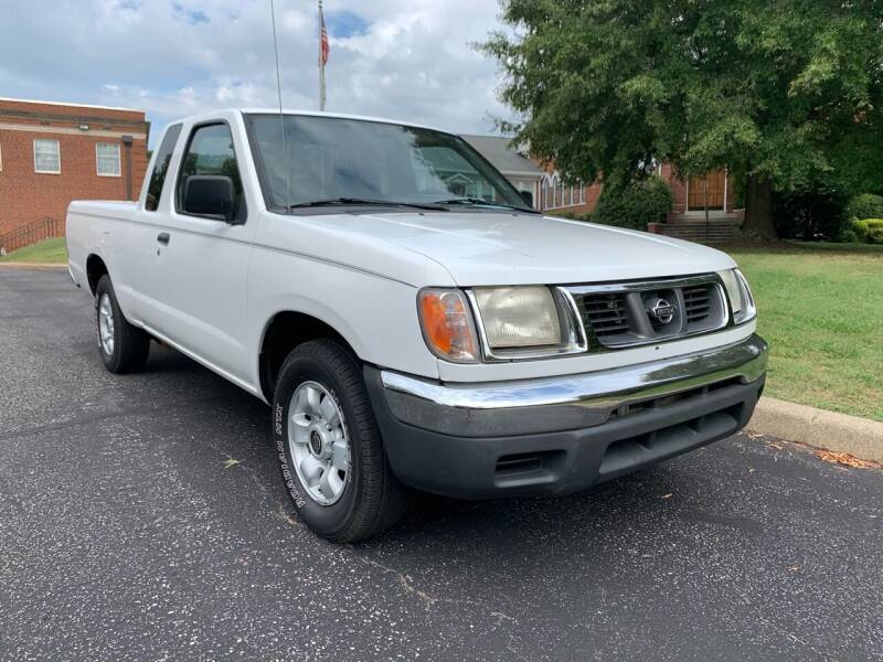 2000 Nissan Frontier for sale at Automax of Eden in Eden NC