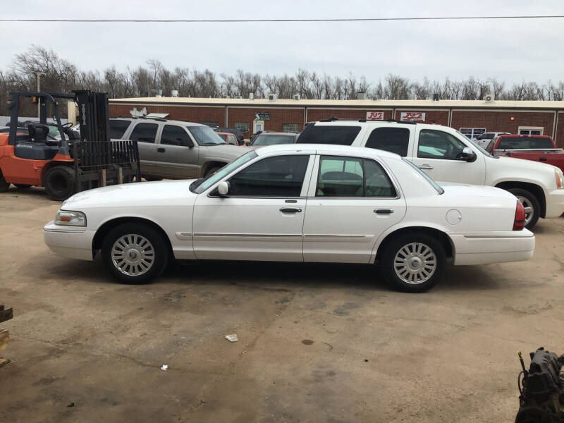 2008 Mercury Grand Marquis for sale at 4 B CAR CORNER in Anadarko OK