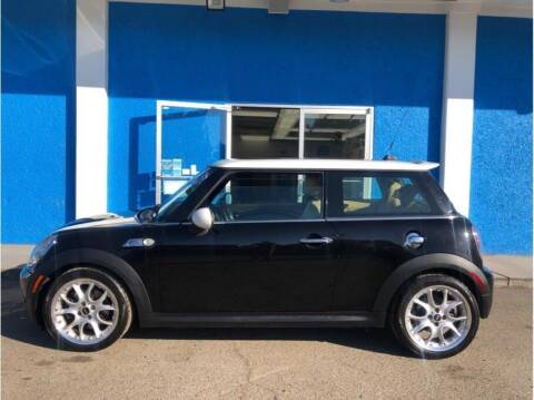 2009 MINI Cooper for sale at Khodas Cars in Gilroy CA