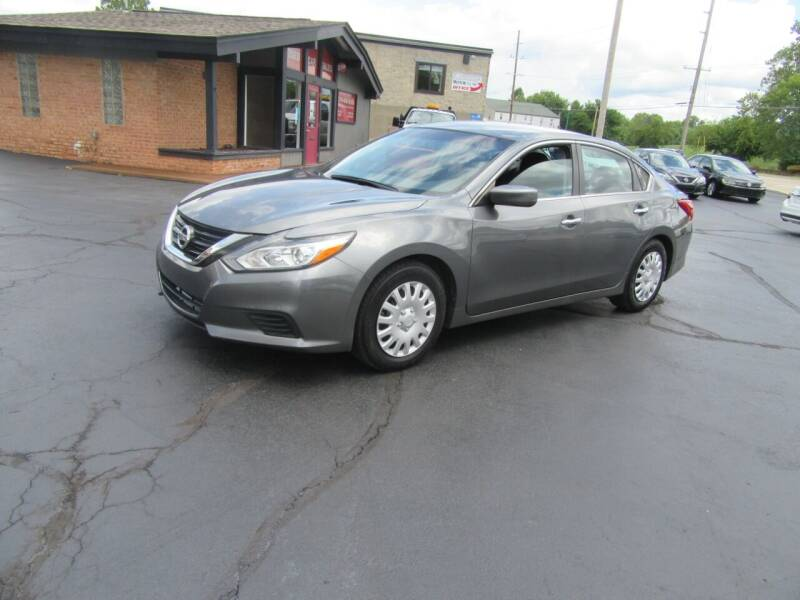 2017 Nissan Altima for sale at Riverside Motor Company in Fenton MO