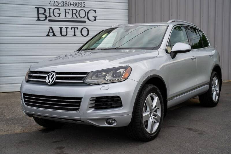 2011 Volkswagen Touareg for sale at Big Frog Auto in Cleveland TN
