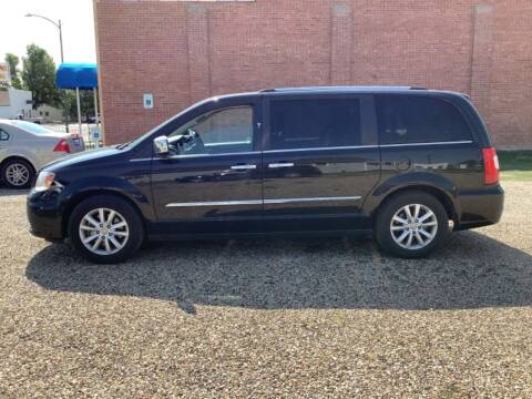 2015 Chrysler Town and Country for sale at Paris Fisher Auto Sales Inc. in Chadron NE