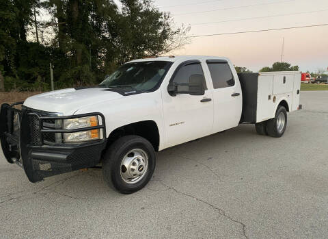 2012 Chevrolet Silverado 3500HD CC for sale at GTO United Auto Sales LLC in Lawrenceville GA