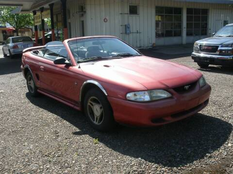 1998 Ford Mustang for sale at D & M Auto Sales in Corvallis OR