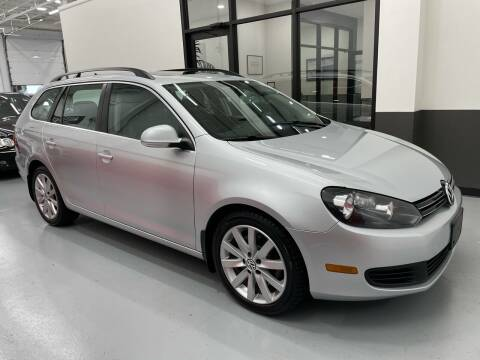 2012 Volkswagen Jetta for sale at AVAZI AUTO GROUP LLC in Gaithersburg MD