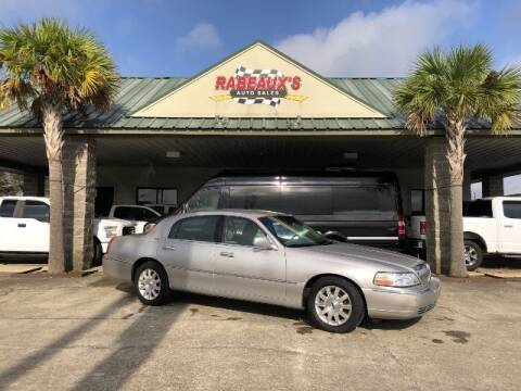 2011 Lincoln Town Car for sale at Rabeaux's Auto Sales in Lafayette LA