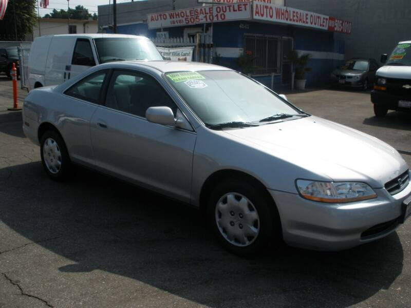 1999 Honda Accord for sale at AUTO WHOLESALE OUTLET in North Hollywood CA