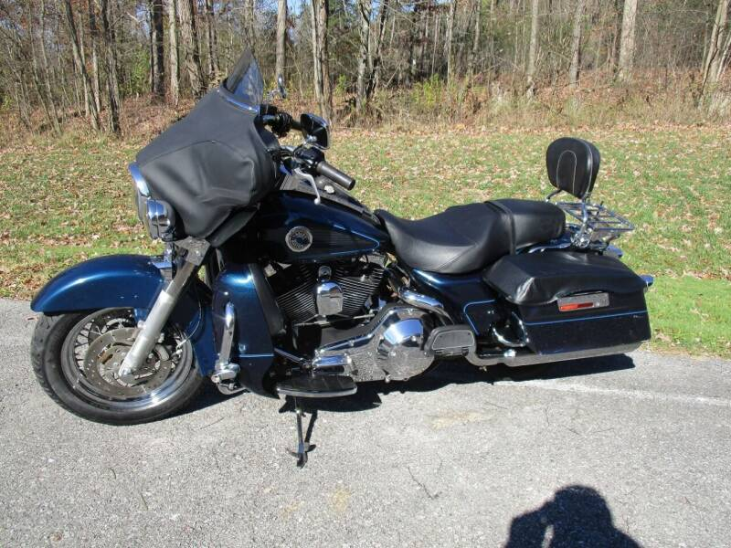 2002 Harley-Davidson ULTRA CLASSIC for sale at W.R. Barnhart Auto Sales in Altoona PA