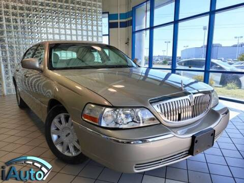2007 Lincoln Town Car for sale at iAuto in Cincinnati OH