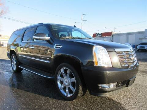 2013 Cadillac Escalade ESV for sale at Cam Automotive LLC in Lancaster PA